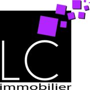 LC-Immobilier - SPACIEUSE MAISON FAMILIALE  DE 2 APPARTEMENTS  AVEC PISCINE EXTÉRIEURE